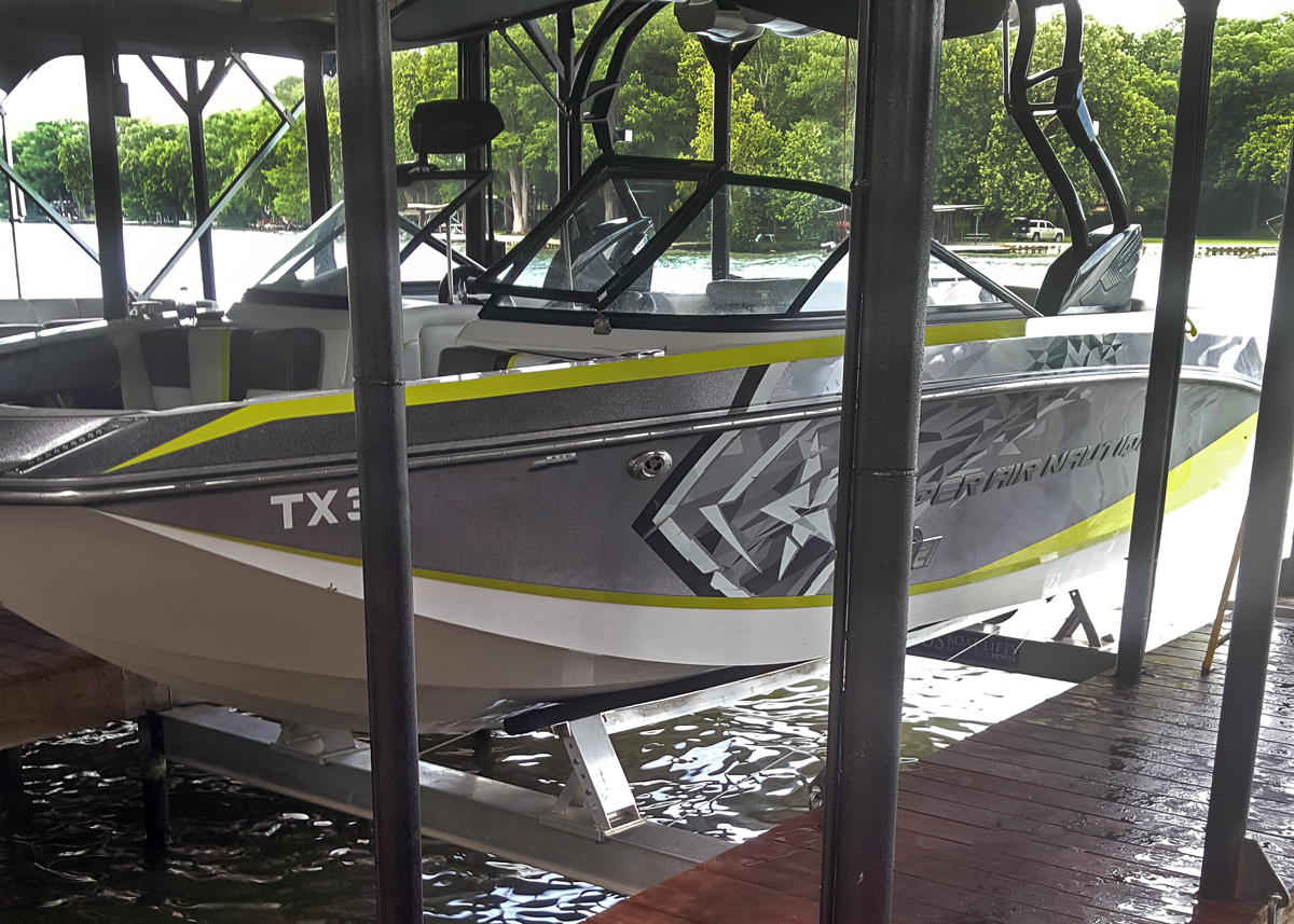 proteus-boat-lifts-boat-lift-installed-out-of-water